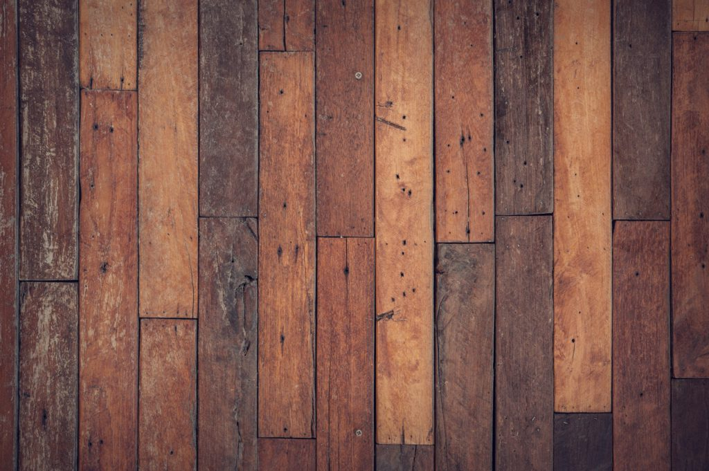 BEST WAYS TO CLEAN TIMBER BATTENS